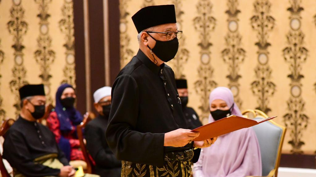 伊斯梅尔·萨布里宣誓就任马来西亚总理
