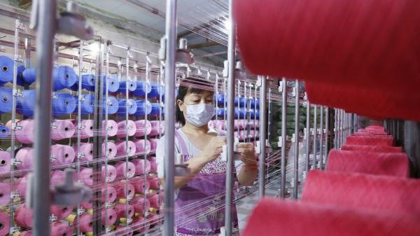 """境外媒体关注:中国出台""""十四五""""就业促进路线图"""