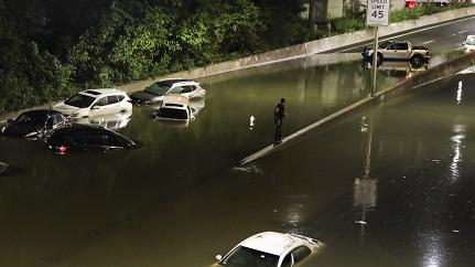 外媒分析:为什么纽约风暴越来越多?