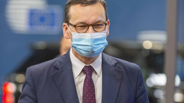 """波兰总理反感欧盟说教:""""没人能教我们什么是民主"""""""