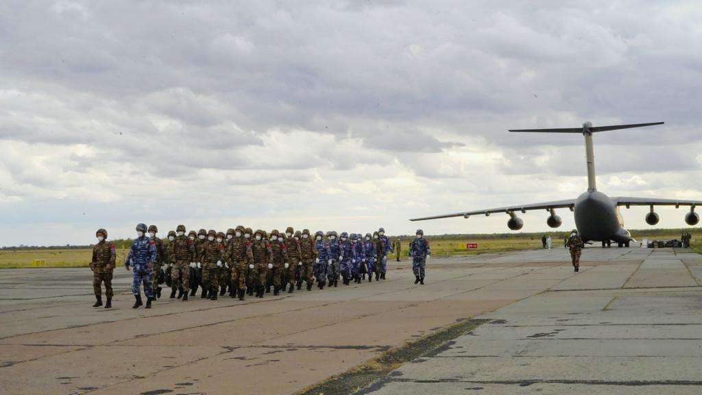 """参加""""和平使命-2021""""上合联演中方参演部队全部抵达俄罗斯演习地域"""