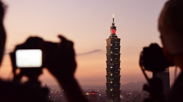 """美媒:惠誉穆迪改用""""中国台湾""""称呼"""