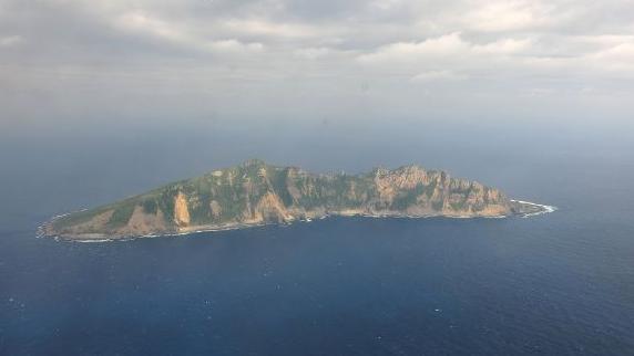新媒报道:中方阻止日本右翼势力登钓鱼岛