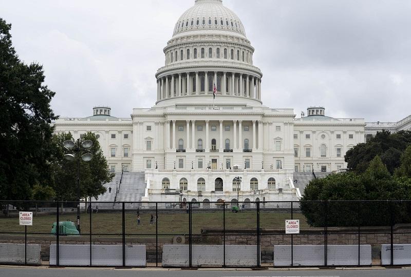 英媒:华盛顿高度戒备应对右翼游行