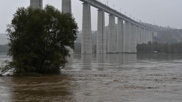 外媒关注:中国多省出现持续暴雨天气