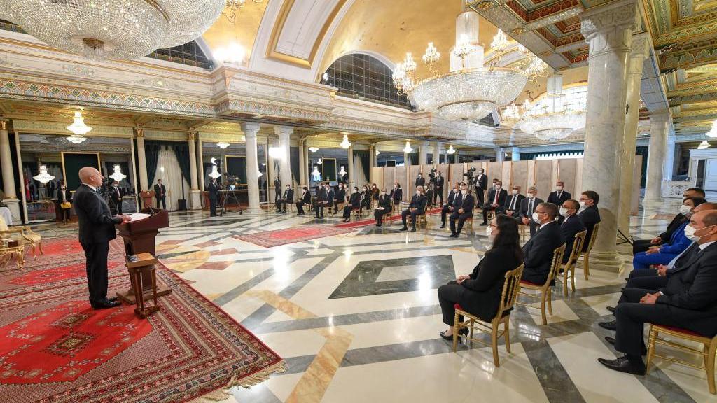 突尼斯总理组建新政府